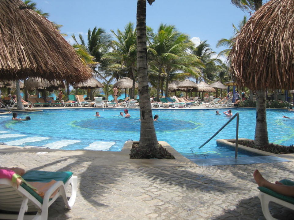 Poollandschaft Hotel Riu Yucatan