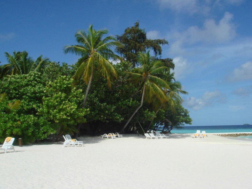 Blick von der Landzunge zur Insel rechts VOI Maayafushi Resort