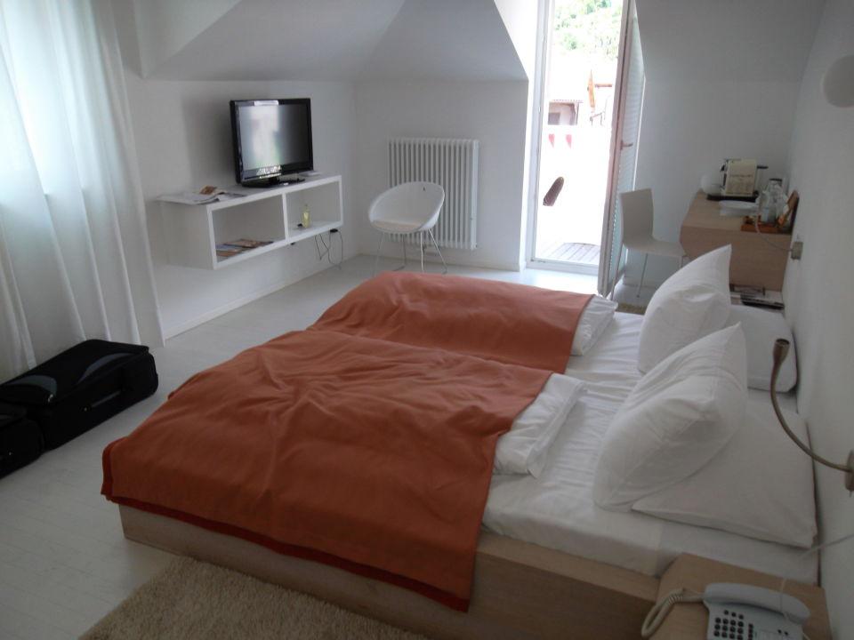 Bild dachterrasse mit jacuzzi zu boutique design hotel for Art design boutique hotel imperialart