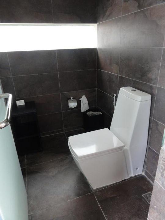 Moderne Toilette, Poolvilla Nr. V10\