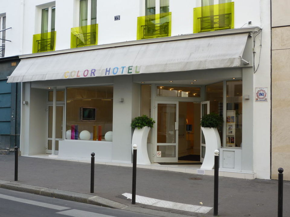 Bild aussenansicht zu color design hotel in paris for Hotel design color