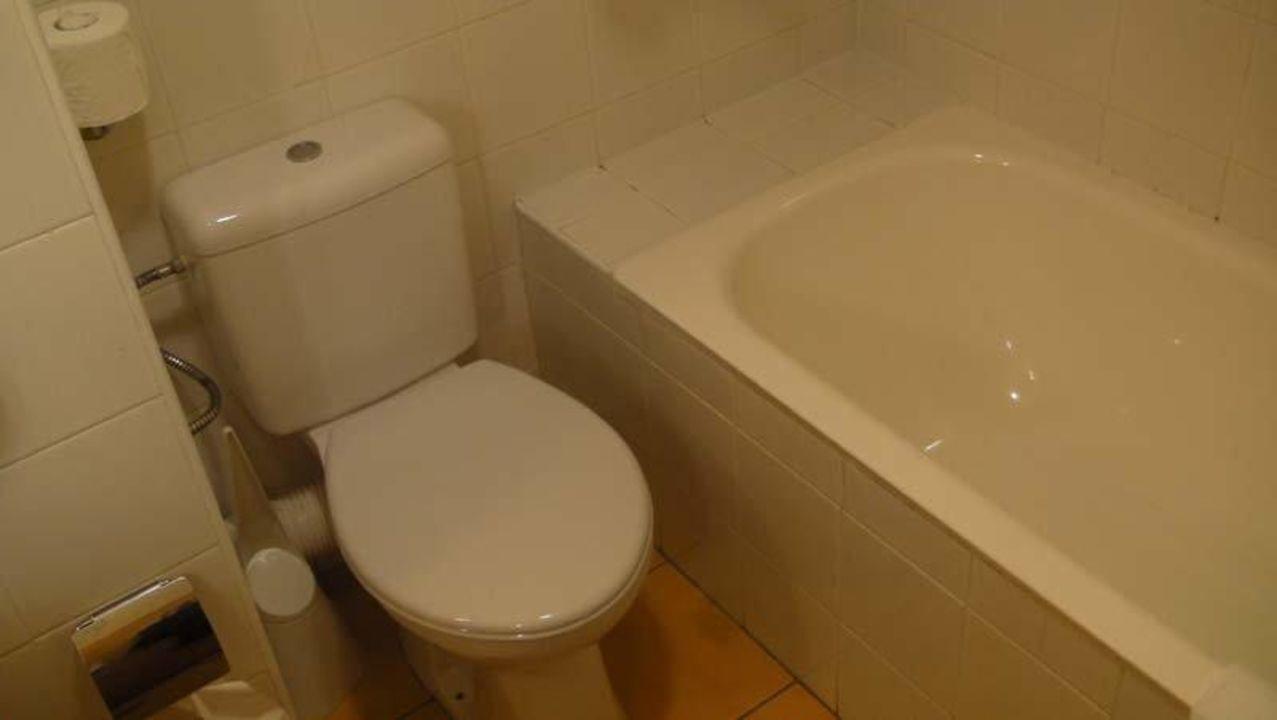 Badezimmer WC be.HOTEL