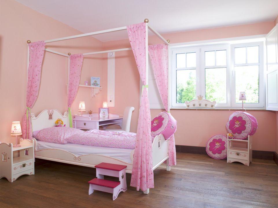 Prinzessin lillyfee zimmer landhotel beverland for Prinzessin zimmer mobel