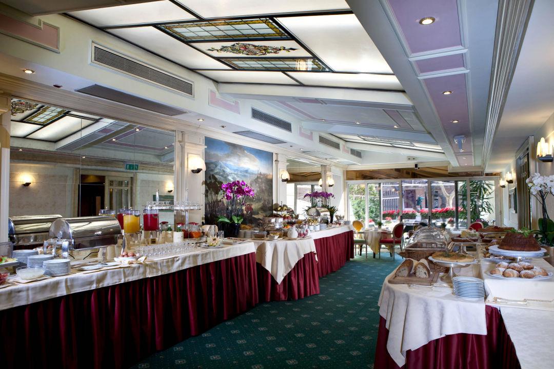 Breakfast Hotel Ambasciatori Palace