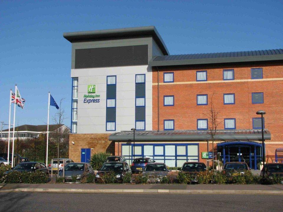 Hoteleingang Premier Inn Banbury M40 J11