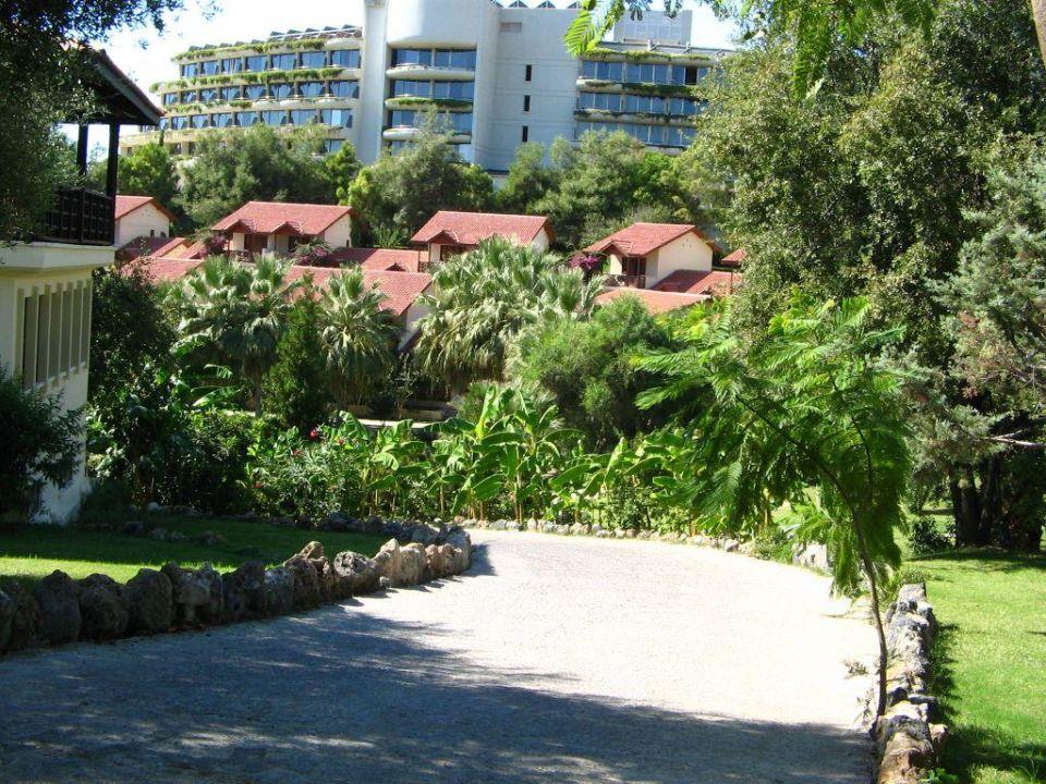 Weg vom Melas Resort ins Melas Village Hotel Melas Resort