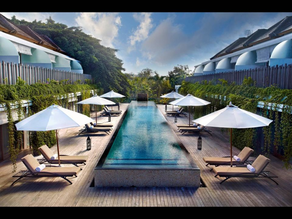 pool auf dem dach resort kupu kupu jimbaran jimbaran holidaycheck bali indonesien. Black Bedroom Furniture Sets. Home Design Ideas