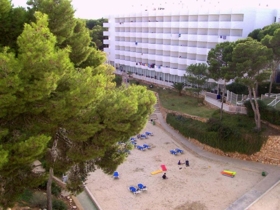 Der Strand vom Balkon aus AluaSoul Mallorca Resort - Adults only