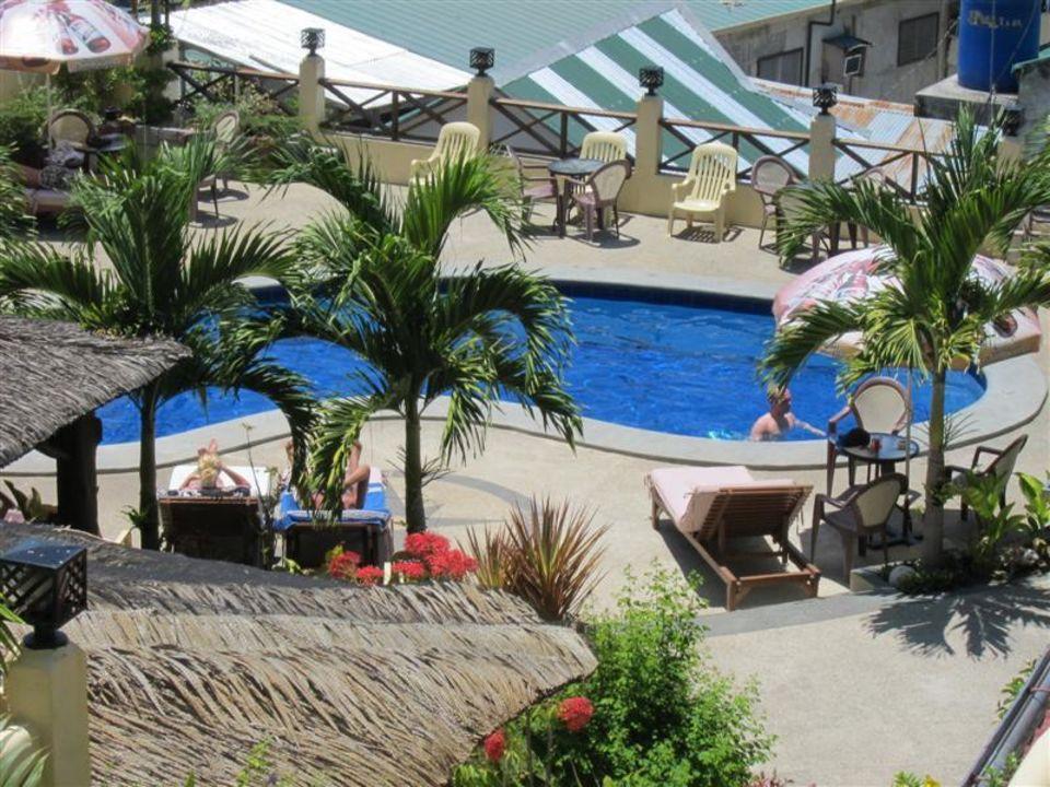 Pool Oriental Sabang Hill Resort