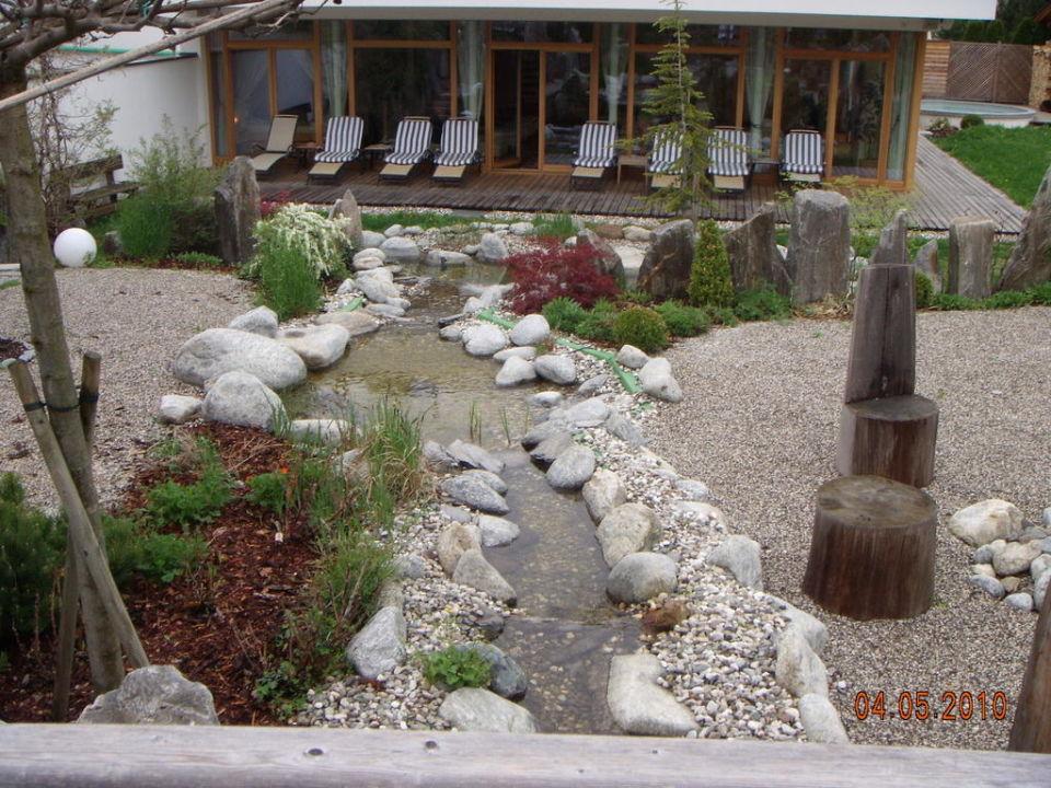 "bachlauf im steingarten"" winklerhotel lanerhof in san lorenzo di, Garten Ideen"