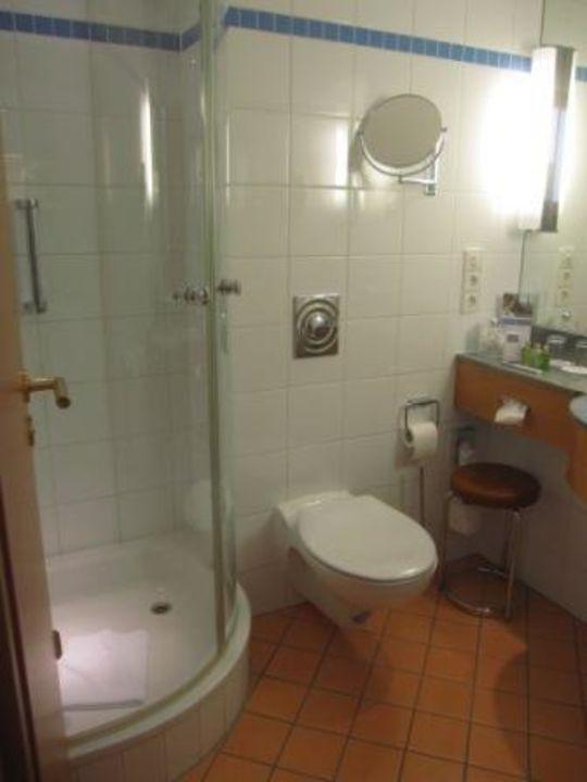 kleines duschbad hotel travel charme bernstein in prerow. Black Bedroom Furniture Sets. Home Design Ideas