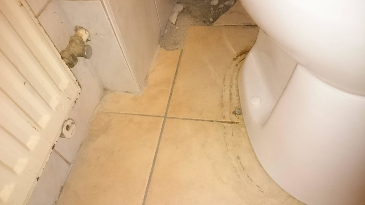 Dreckiges Badezimmer\