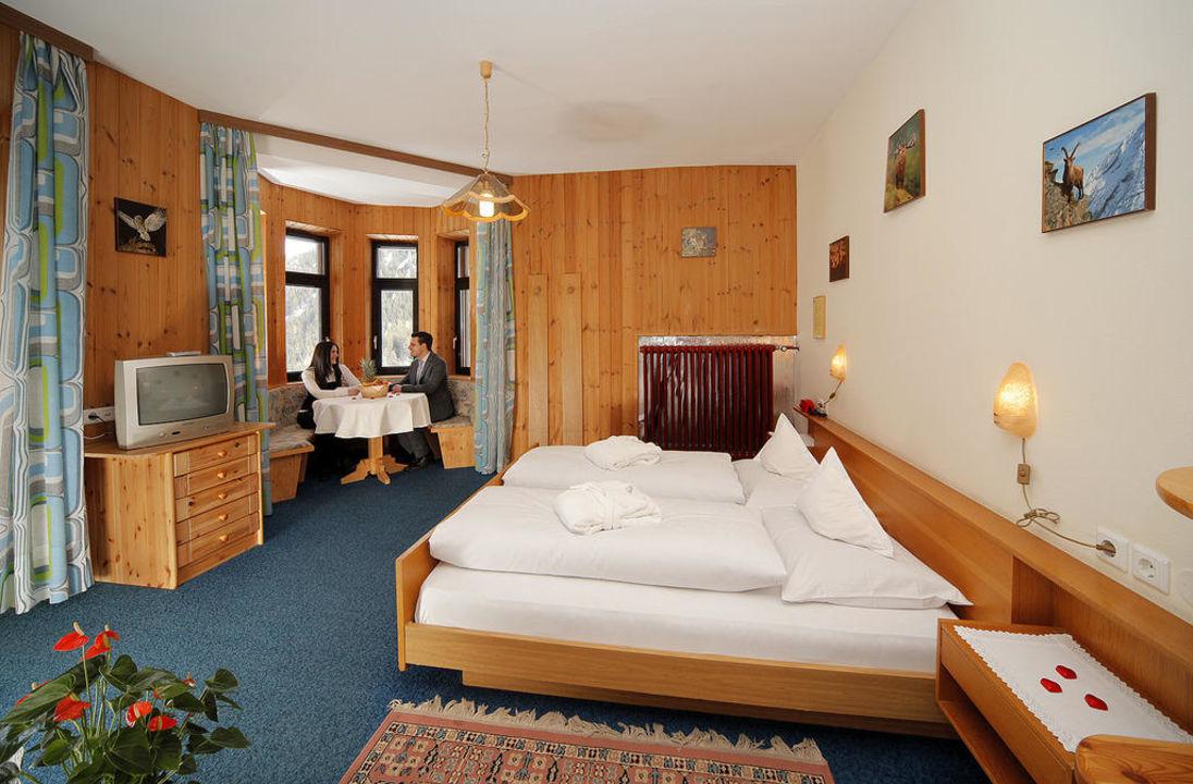 Turmzimmer Hotel Madatsch