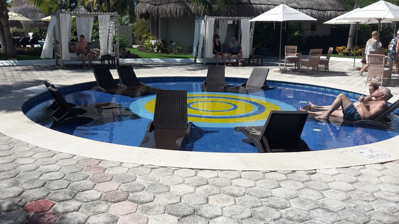 Pool Catalonia Royal Tulum Beach & Spa Resort - Adults only
