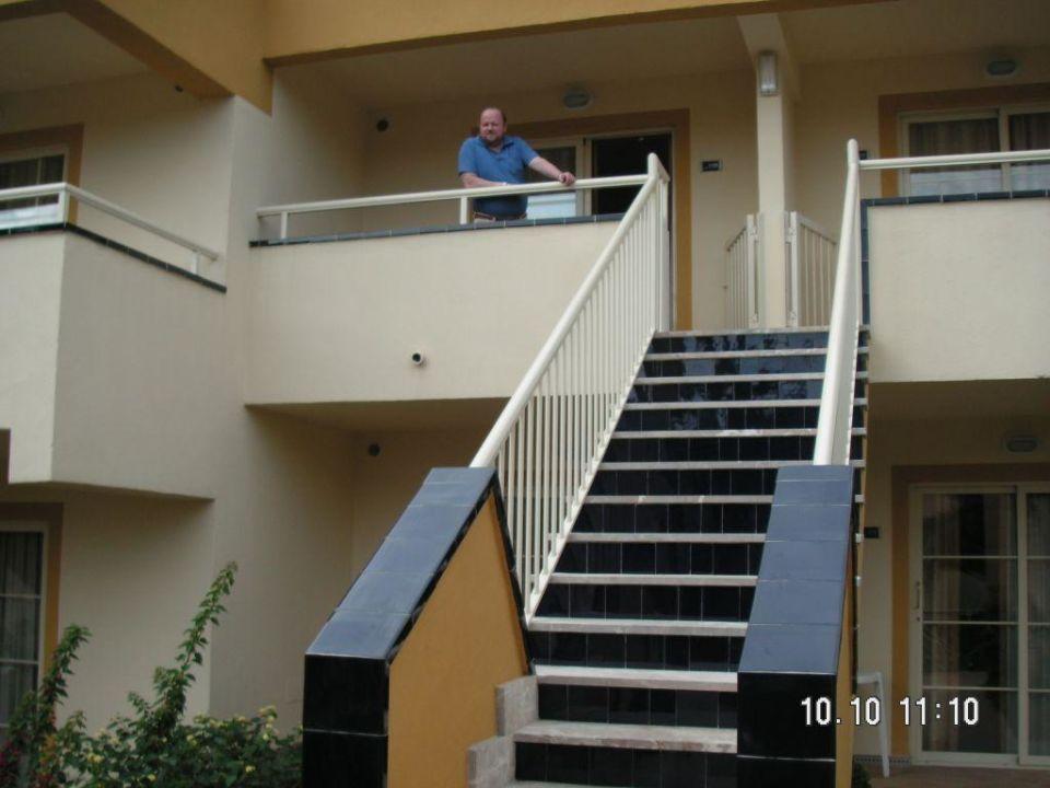 Unser Appartement von Außen Zafiro Park Cala Mesquida