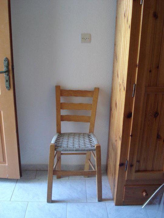 typisch griechischer Stuhl  Hotel Maria