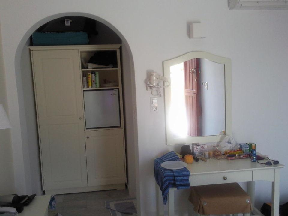 Zimmer Lianos Village