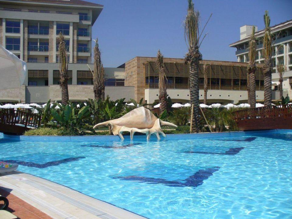 Pool und Muschel Sunis Kumköy Resort Hotel & Spa