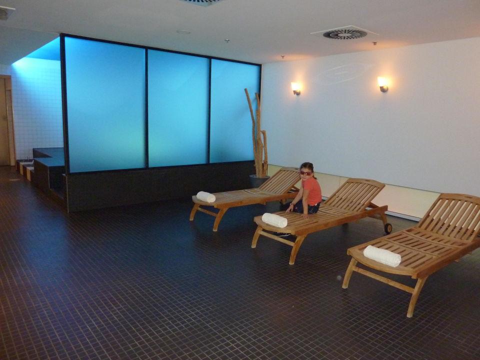 bild au enansicht zu hotel innside by meli d sseldorf. Black Bedroom Furniture Sets. Home Design Ideas