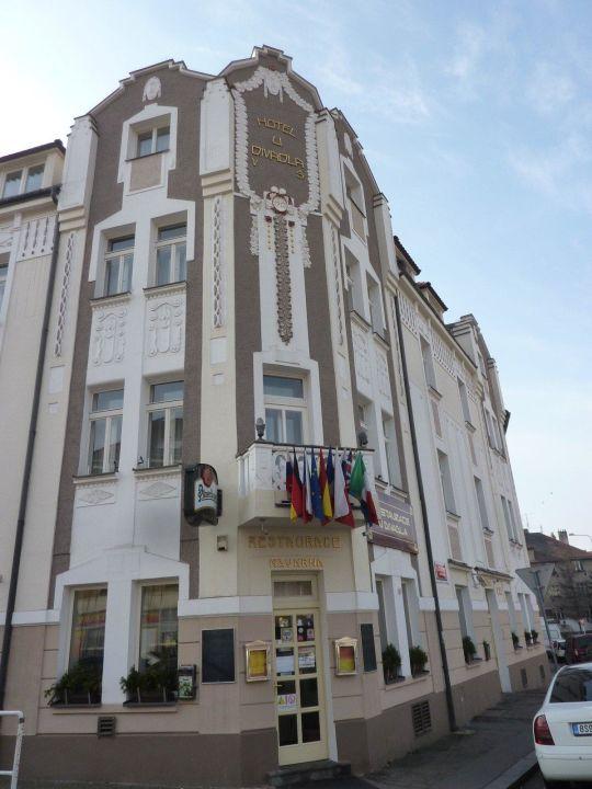 Blick auf den Restauranteingang Hotel U Divadla