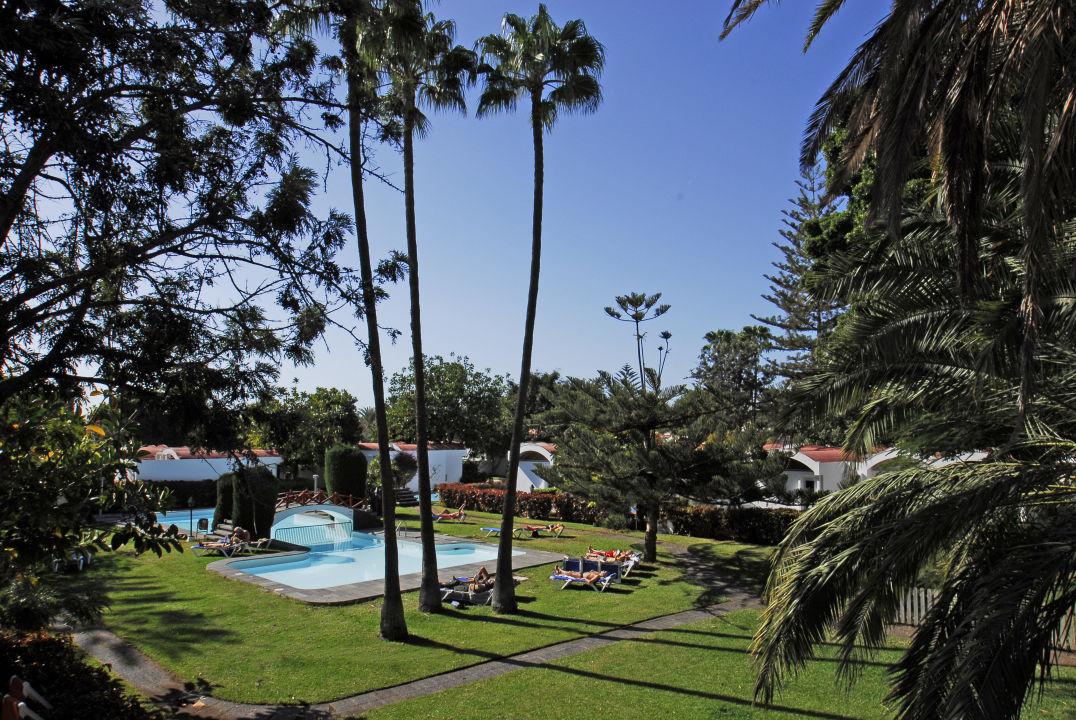 Piscina hotel bungalows cordial biarritz playa del for Piscina playa del ingles