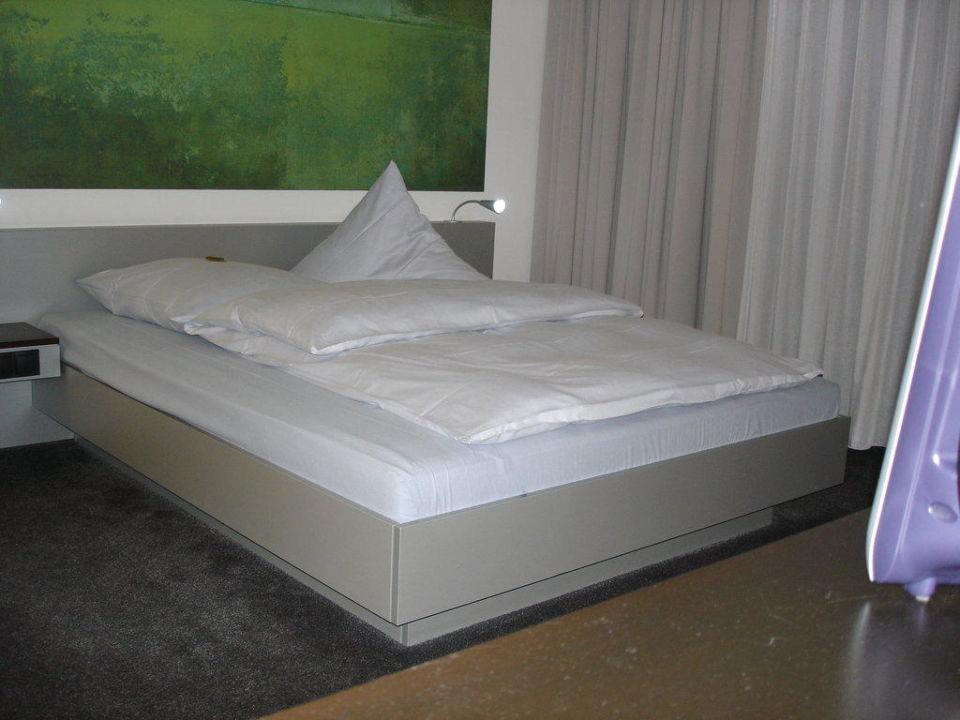 Bett im Zimmer INNSIDE by Meliá Frankfurt Niederrad