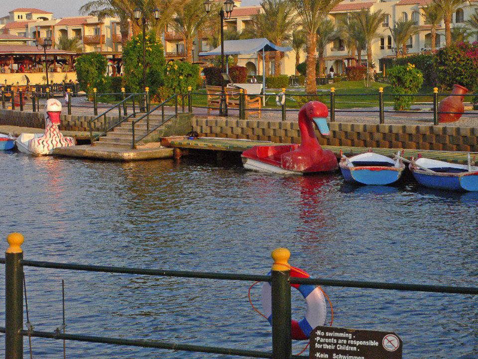 Tret- und Ruderboote Dana Beach Resort