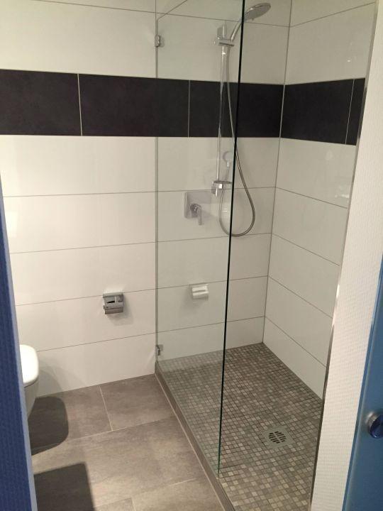 dusche mit stufe panorama hotel schweinfurt schweinfurt holidaycheck bayern deutschland. Black Bedroom Furniture Sets. Home Design Ideas