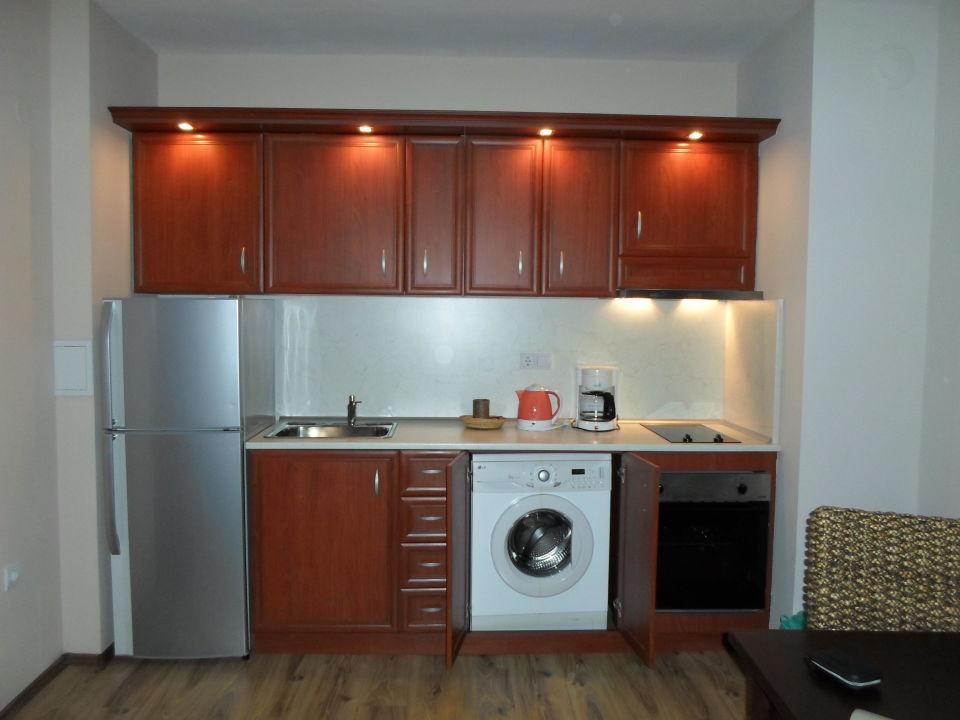 Kuchenzeile Mit Waschmaschine Sunrise All Suites Resort Obzor