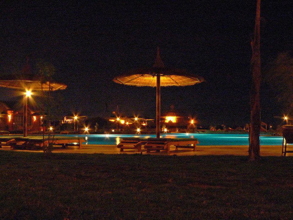 Nachtblick von der Terrasse Jungle Aqua Park