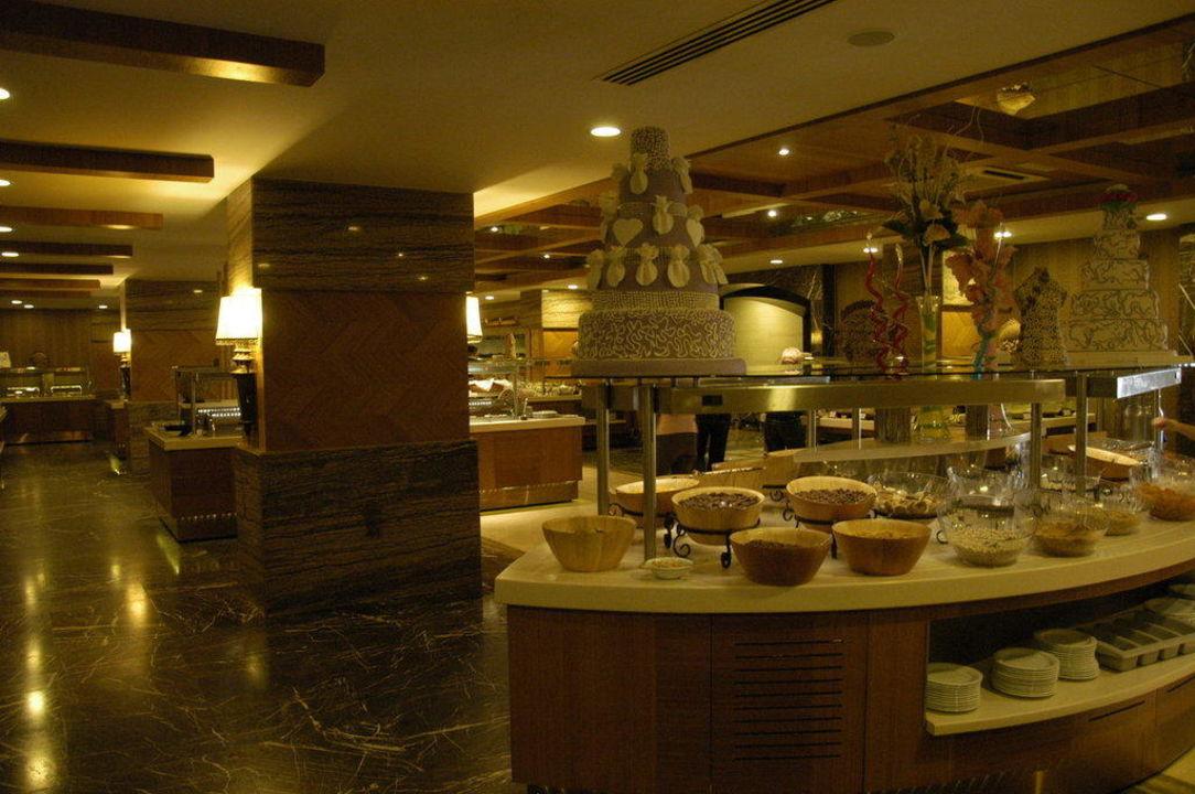 Guten Morgen Buffet Hotel Royal Dragon