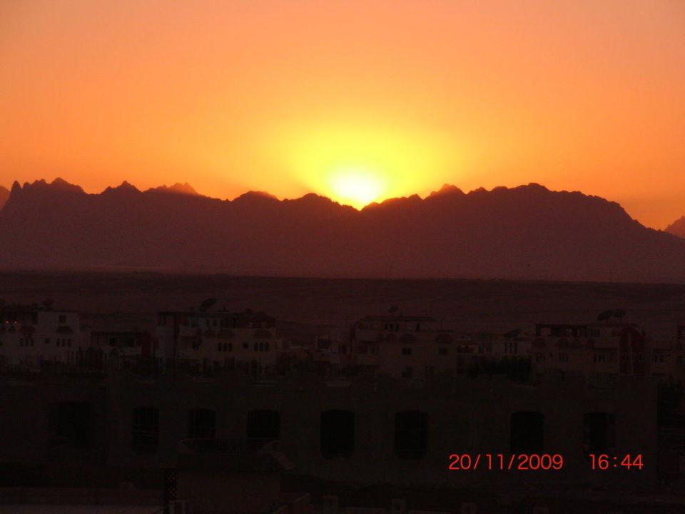 Sonnenuntergang Steigenberger ALDAU Beach Hotel