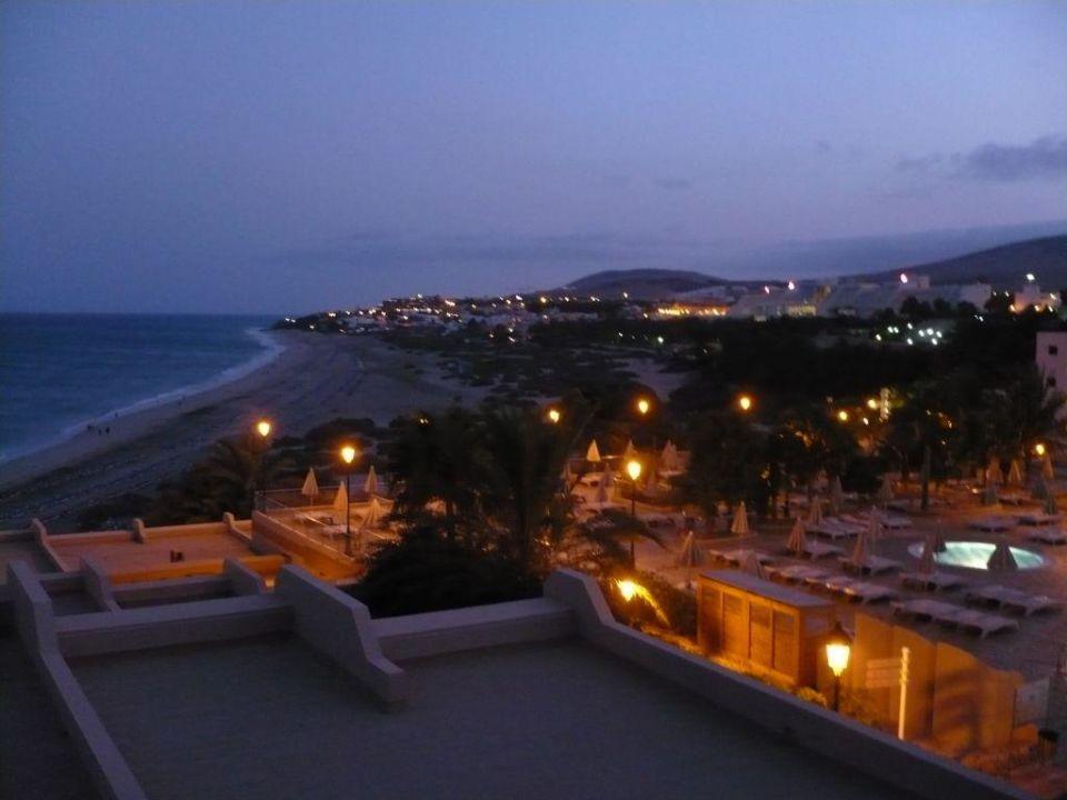 Abenddämmerung SBH Hotel Taro Beach