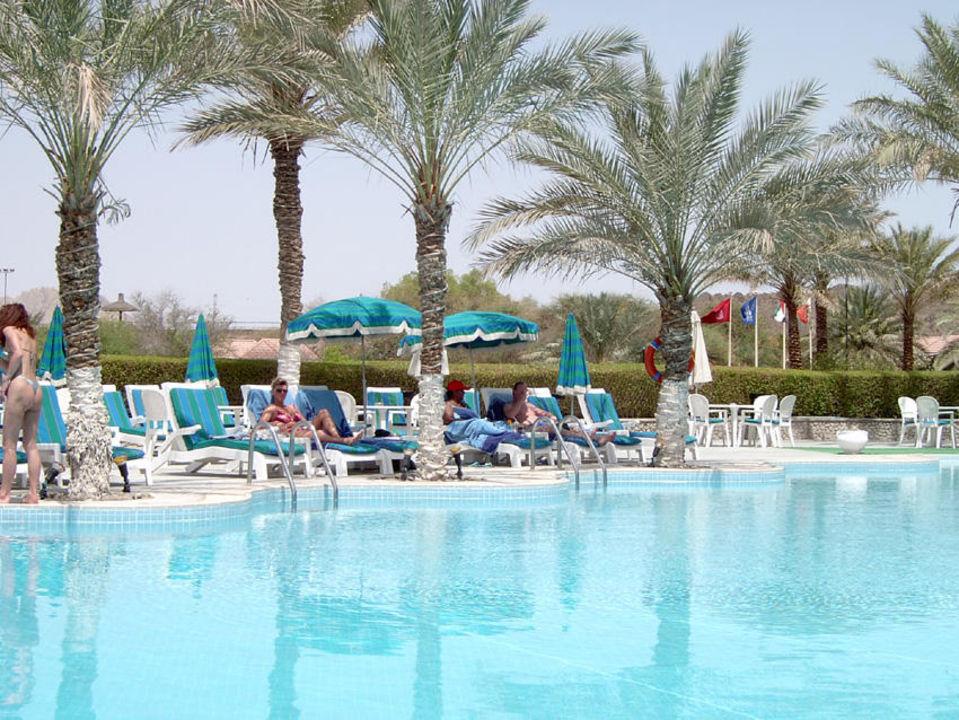 Pool JA Hatta Fort Hotel