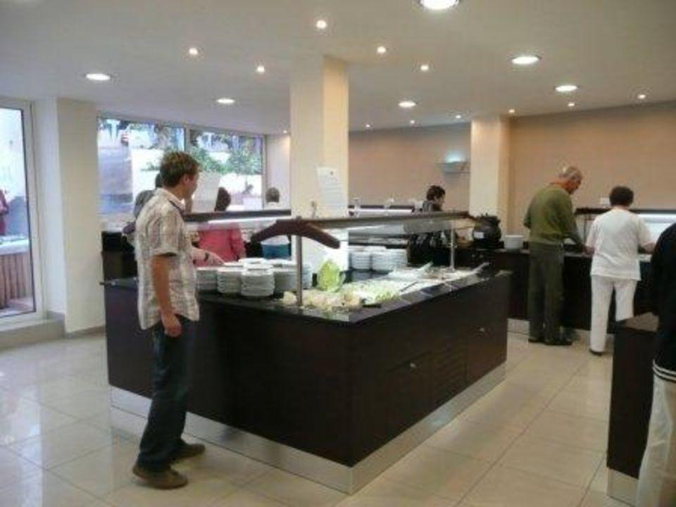 Buffet beim Griechischen Abend Eurohotel Katrin Hotel & Bungalows