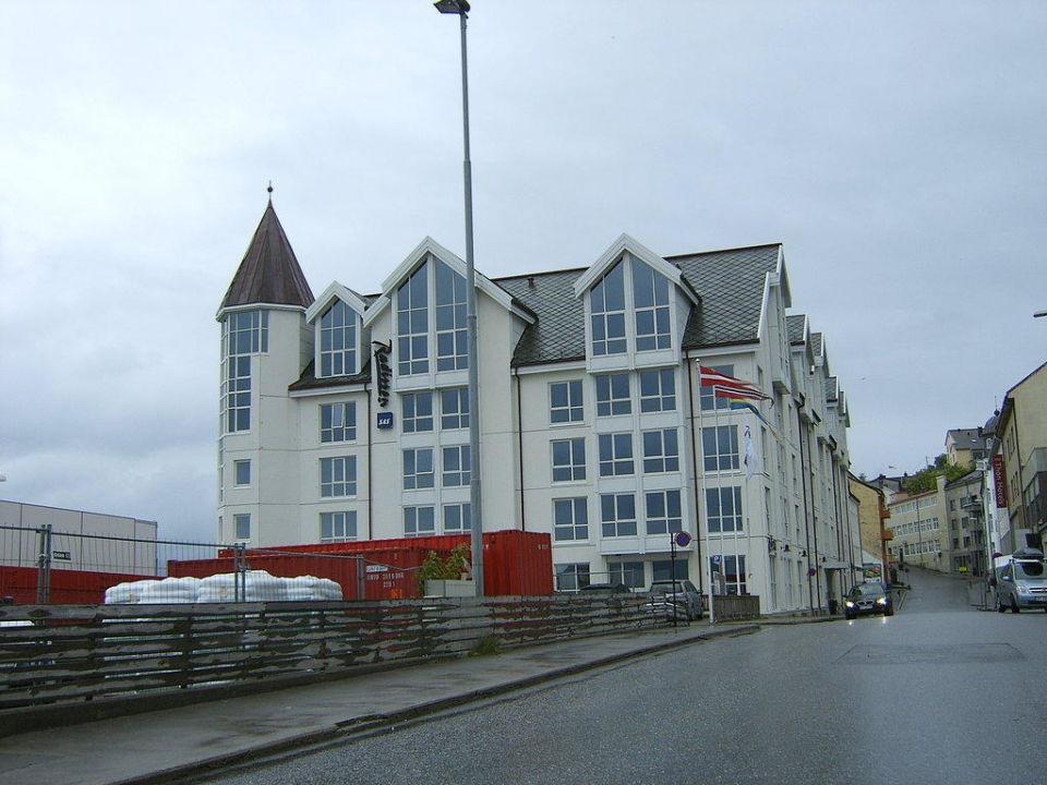 Blick zum Hotel Radisson Blu Hotel Alesund