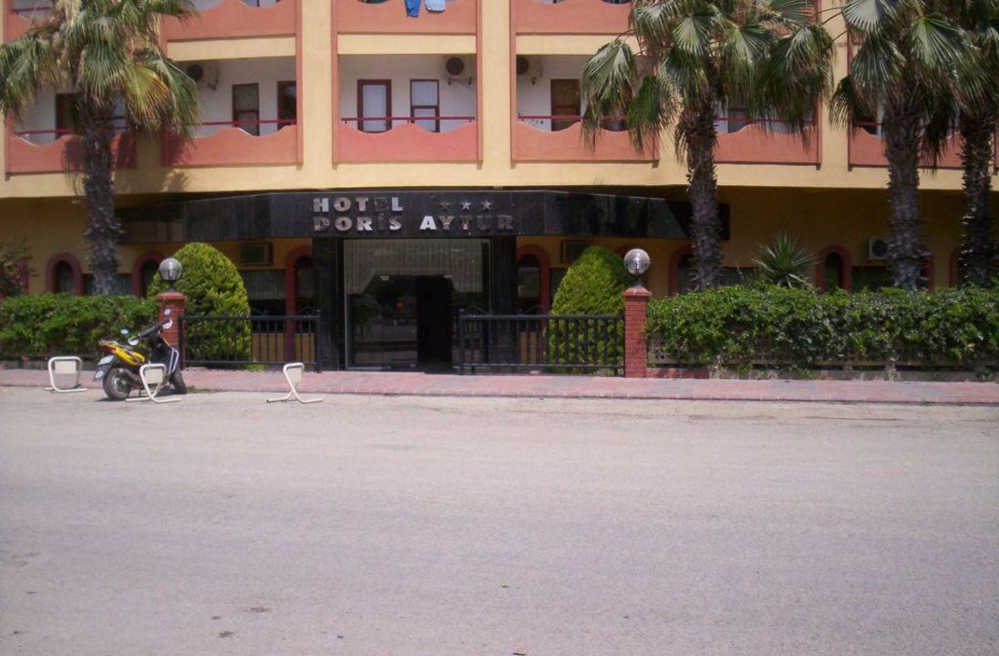 Hoteleingang Doris Aytur Hotel