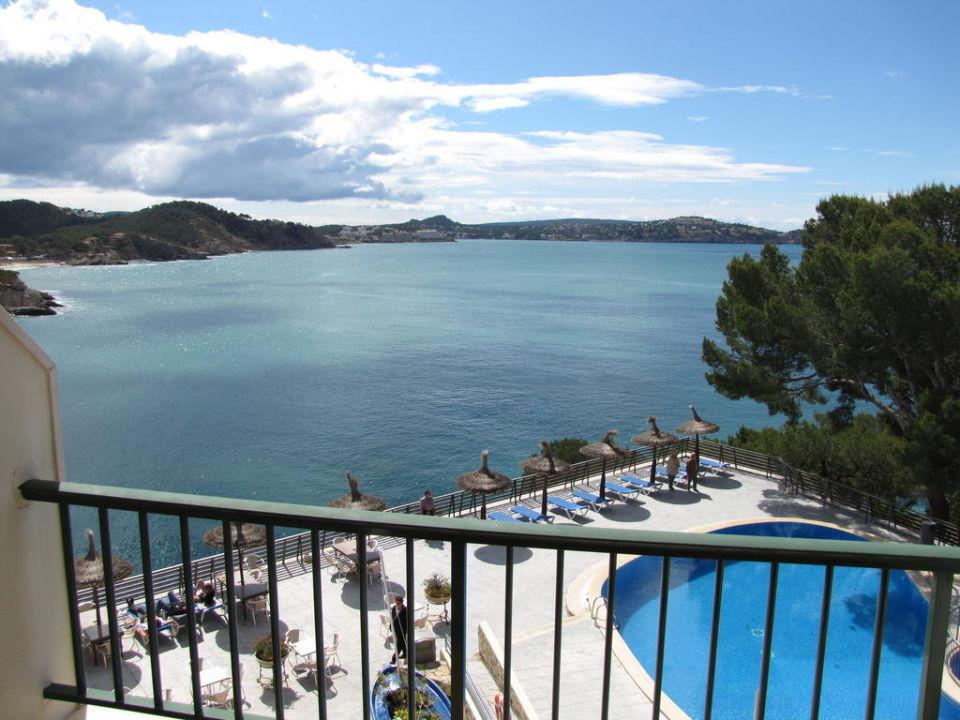 Blick von einem Seeseitenzimmer Hotel Mar Y Pins