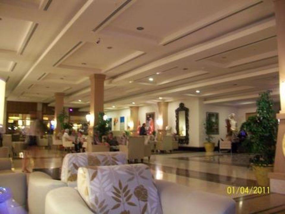 Lobby Golden Imperial Resort Hotel