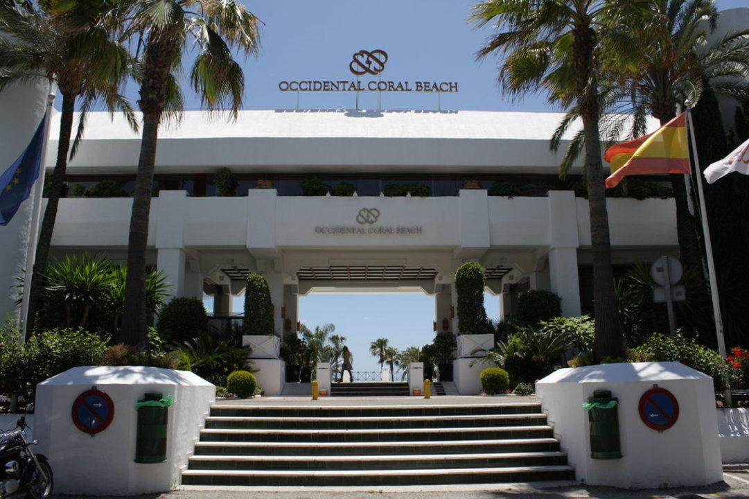 Eingangsbereich des Hotels IBEROSTAR Marbella Coral Beach