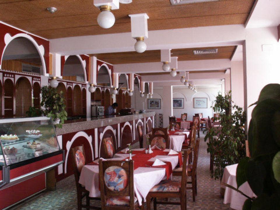 Quality Royal Palace, Das Cafe von innen Hotel Quality Royal Palace  (Vorgänger-Hotel – existiert nicht mehr)