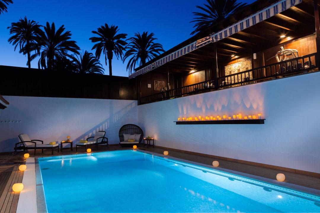 Salzwasser pool im wellnessbereich seaside grand hotel residencia meloneras holidaycheck - Pool salzwasser ...