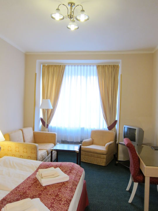 De Luxe Hotel Mira