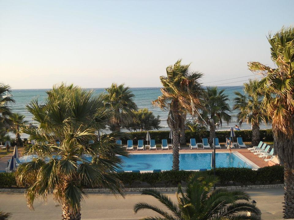 Blick vom Balkon Zimmer-Nr. 307 Richtung Albanien Hotel Beach Star