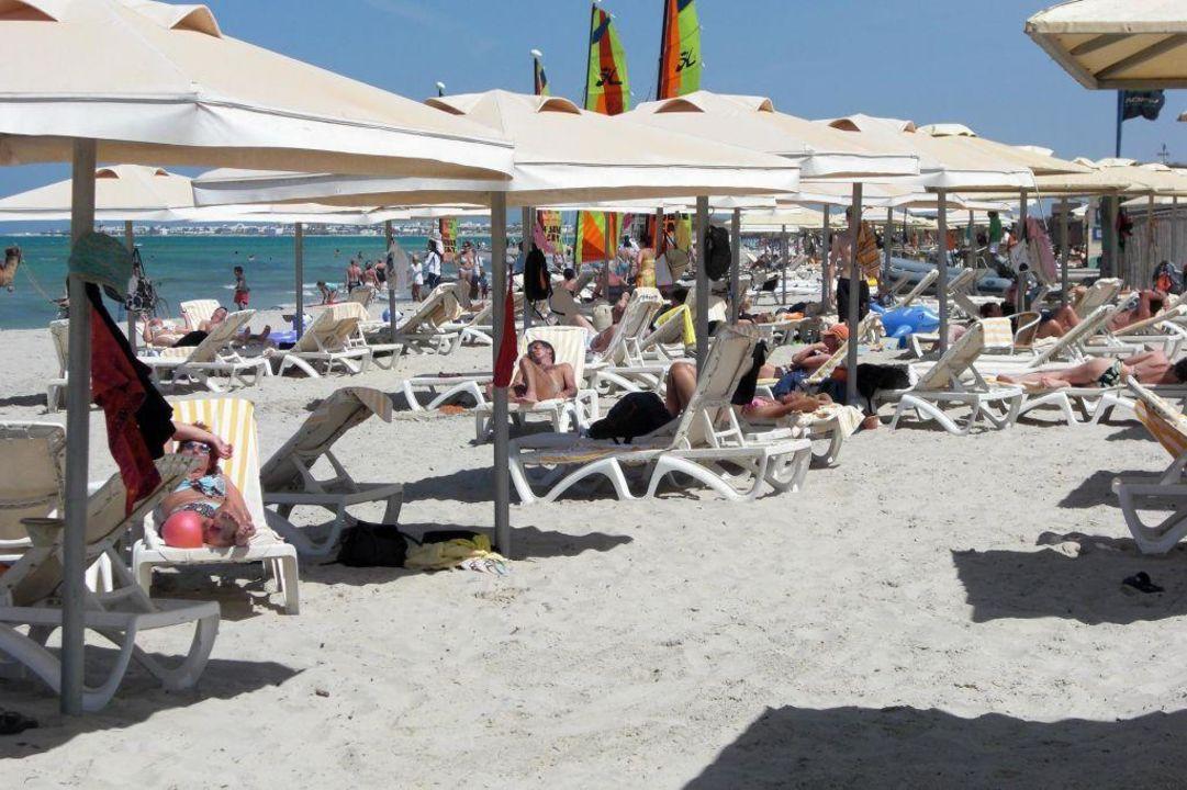 Blick nach rechts von der Liege aus Aldiana Club Djerba Atlantide
