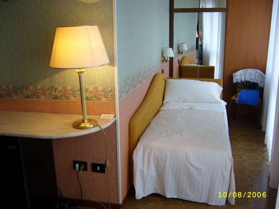 Zimmer mit Zustellbett Hotel Waldorf