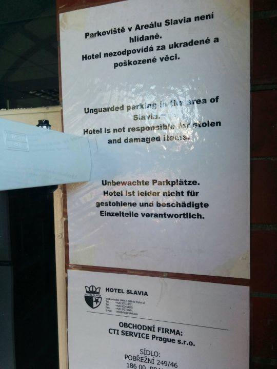 Warnhinweis für Autofahrer Hotel Slavia