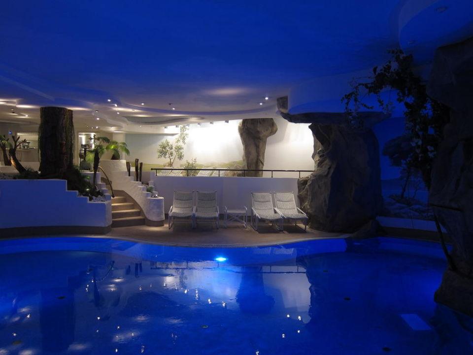 swimming pool hotel f rstenhof leipzig leipzig. Black Bedroom Furniture Sets. Home Design Ideas