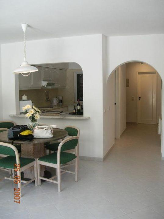 Salon z kuchnią Hotel Balaia Golf Village