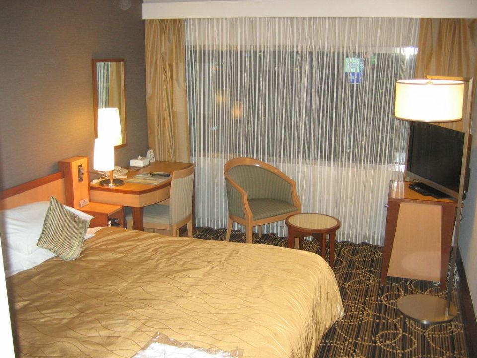 Im Doppelzimmer  KKR Hotel Tokyo